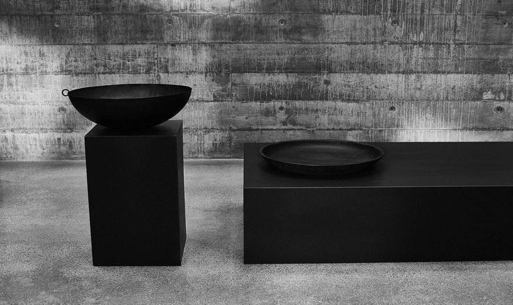 SVÄRTAN decoratieve schalen | #nieuw #IKEA #IKEAnl #zwartwit #design #accessoires #martinbergström #interieur