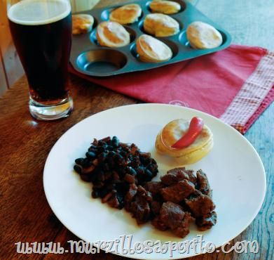 Murzillo Saporito | Ale venison chilli with black beans and Yorkshire puddings