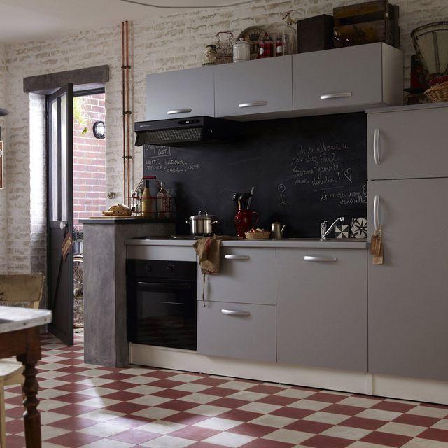 Une cuisine de campagne au charme rétro.