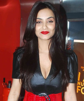 Tia Bajpai clears that 1920- Evil Returns is not a sequel of 1920!