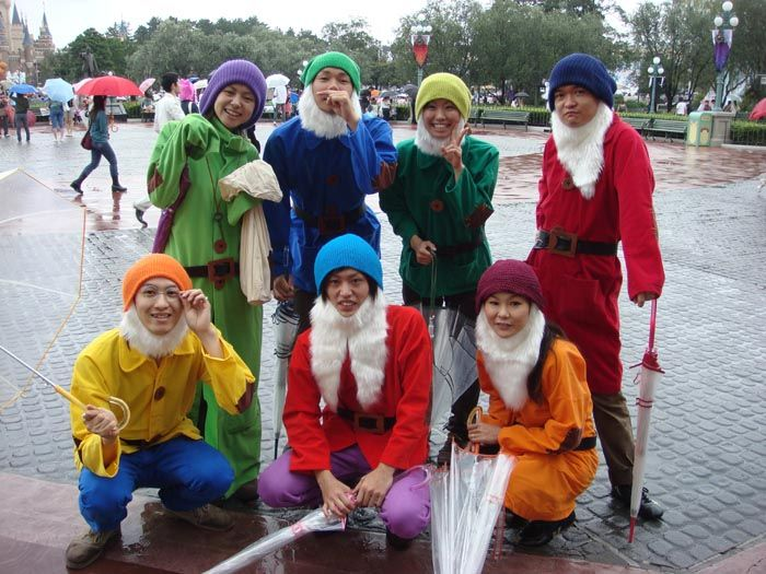 Seven Dwarfs costume, easy homemade costume for Justin and I this year