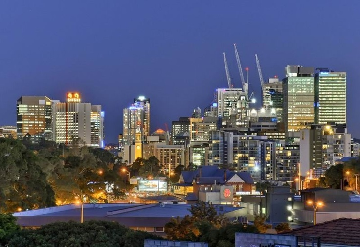 This is the view from Upper Cairns Terrace.... my dream address (one day maybe - a girl can dream)
