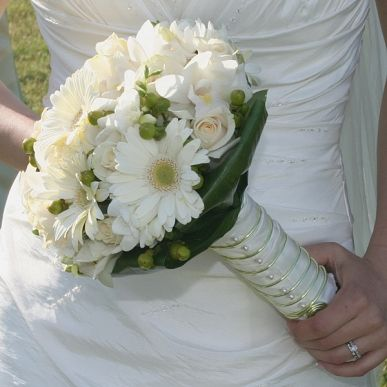 Gerbera #bouquetottobre #matrimonio #fiori #matrimonio #matrimoniopartystyle #wedding weddingconsultant #bride #bridal #sposa #nozze #mariage
