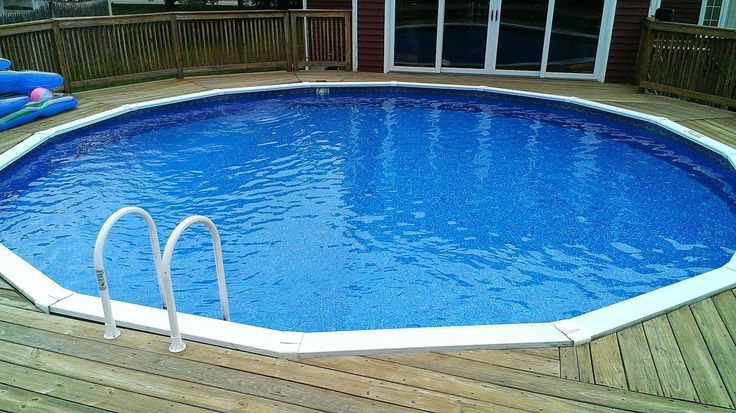 A 24ft round liner replacement in mansfield ma this was a johnny weissmuller liner replacement for Round swimming pools above ground