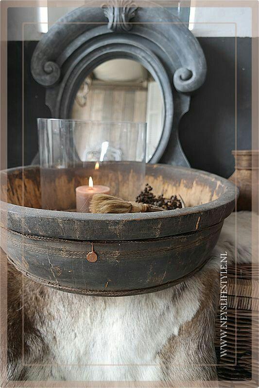 Prachtige oude houten bak/trog @ www.neyslifestyle.nl