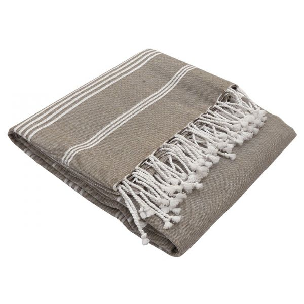 Hammam towel made from organic cotton. Light and easy to carry with you or use it as a bed cover for kid's bed.