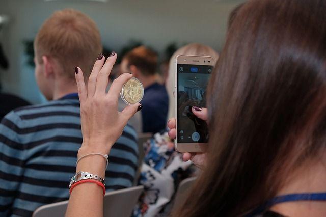 """Contenidos1 Qué está pasando en el criptomercado y porque2 Es la hora de comprar bitcoin3 Los inversores rápidos """"serán enviados al matadero""""4 El resultado Todos los que siguen de cerca el mercado de criptomonedas no pudieron evitar notar la catastrófica caída en los últimos días.Bitcoin se retiró a su mínimo de octubre ya, acercándose a …"""