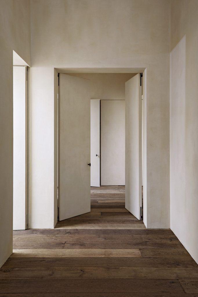 Graanmarkt 13 Apartment, Antwerp, by Vincent Van Duysen
