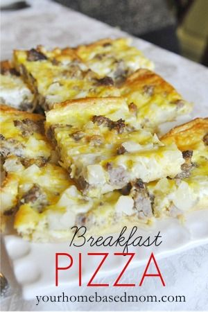 Breakfast Pizza! Yummmmm! Layer Crescent roll dough, breakfast sausage, hashed browns, eggs