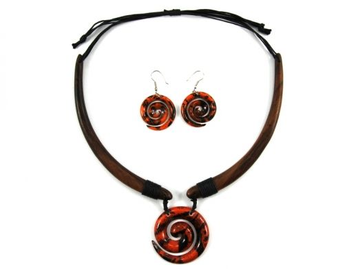 Necklace and earings from Indonesia http://www.etnobazar.pl/search/ca:bizuteria-i-dodatki?limit=128