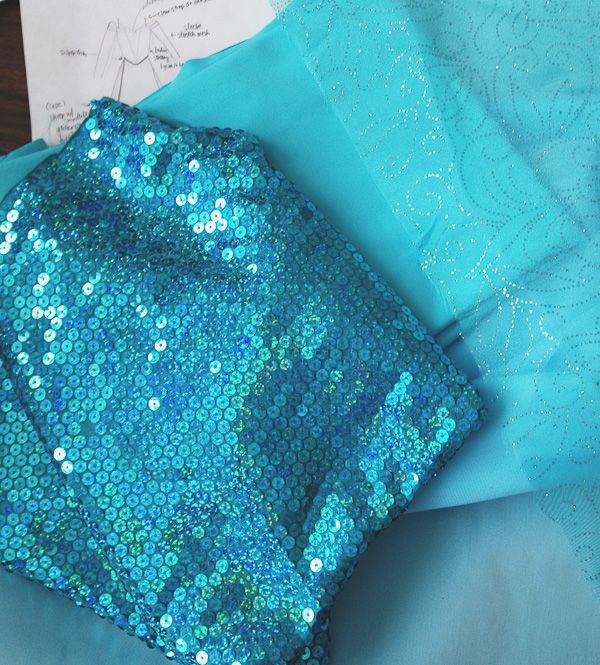 Im totally getting this fabric to make my own little girls Queen Elsa's Frozen Dress!