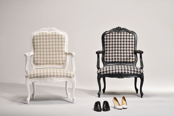Marie. A beautiful couple of chair made by Venetasedie. Luxury Collection, made in italy design, so cool for you home and modern interior.
