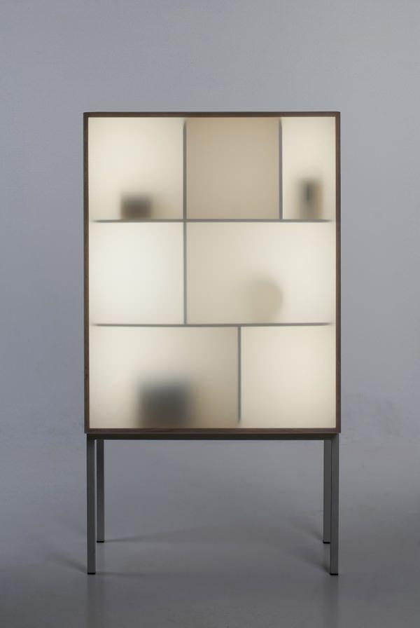 Displayaway le cabinet mise en valeur par Stine Knudsen Aas