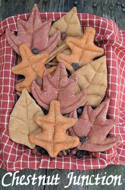 Fall Leaves ePattern -primitive fall autumn thanksgiving halloween craft pattern -