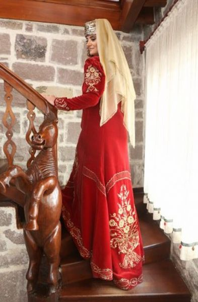 Bindallı-Anatolian traditional women's clothes....modern clothing design...Ankara Olgunlaşma Enstitüsü