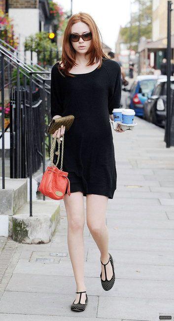 Karen Gillan, i love her style