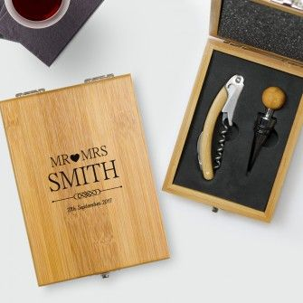 Mr and Mrs Design Personalised 2 Piece Deluxe Wine Gift Set