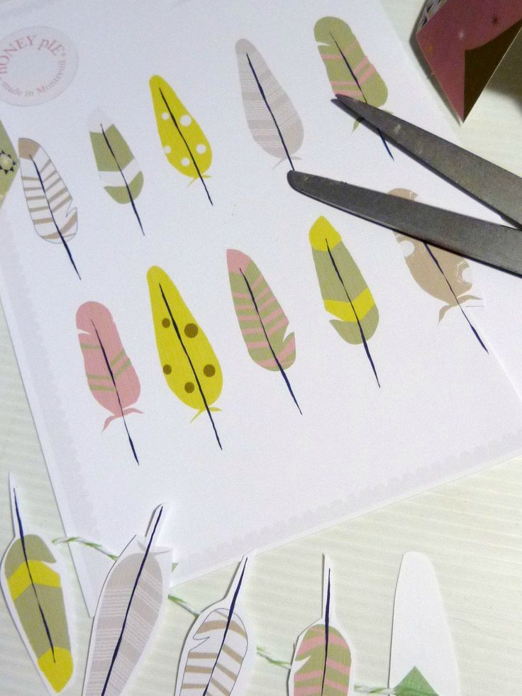 Free printable feathers.  Would be cute framed too for a kids room.