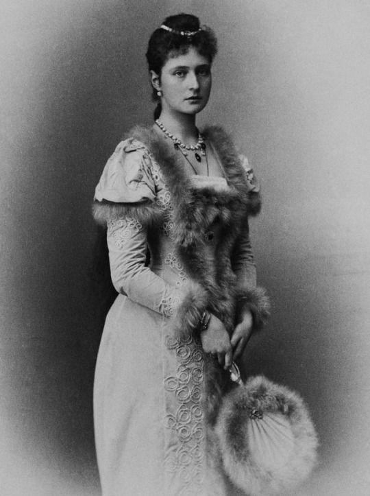 Empress Alexandra Feodorovna, 1892