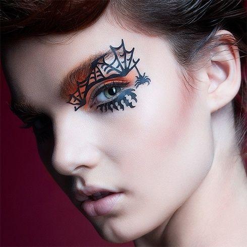 15 lustige und modische Halloween-Make-up-Ideen