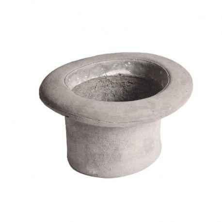 Una nuova collezione in cemento targata Seletti. Concrete è una serie di vasi per interni ed esterni disegnati da Marcantonio Raimondi Malerba. Il vaso in cemento Cilindro può essere utilizzato anche come svuota tasche.