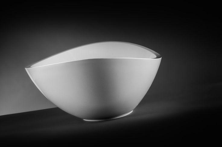 The beauty of precision.  #marmite #marmiteSA #washbasin #lavabo #waschtisch #simpledesign #schlichtesdesign #designépuré #bathroom #bagno #baignoire #badezimmer #bathroomideas #salleDeBainDesign #DesignPerIlBagno #DesignIdeen #designideas