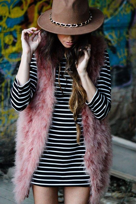 Cute tan wide brim with chain detail. Madame de Rosa. | fashion | mad hatter | Pinterest | Moda boho, Moda chique e Moda