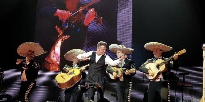 #ACTUALIDAD #FVnoticias: Luis Miguel a punto de cancelar concierto por amenazas terroristas: Follow @DonfelixSPM  EL CANTANTE MEXICANO…