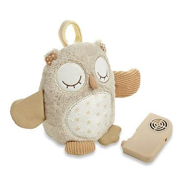 This cute and cuddly owl features cloud b® Smart Sensor technology to respond when your baby vocalizes. It plays soothing sounds and includes three sound sensitivity levels to adjust the sensor to environmental noise.
