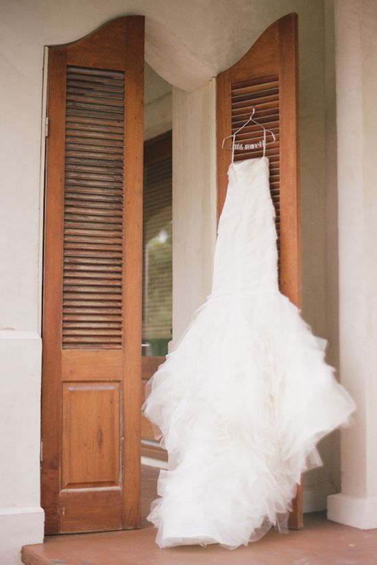 Vera Wang Gown Photography By Magnolia Pair Wedding BellsWedding