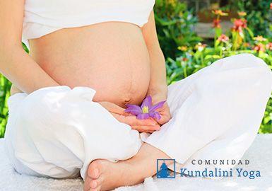 La importancia de la meditación y el yoga en los primeros 120 días de embarazo http://www.comunidadkundalini.com/embarazo/la-importancia-del-yoga-en-el-embarazo/