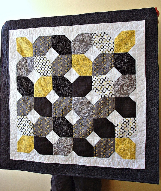 63 best images about yellow black quilts on pinterest for Black white and gray quilt patterns