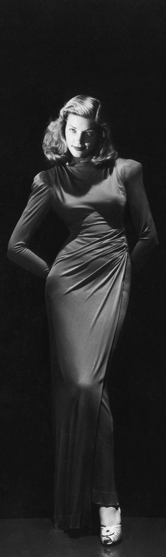 A great photo of Lauren Bacall!