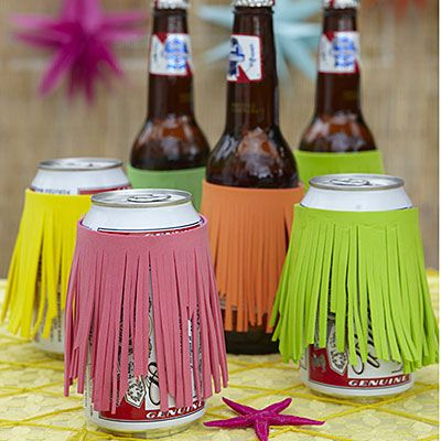 Insulate bottles and cans with grass skirt–inspired drink cozies. Click for craft instructions.