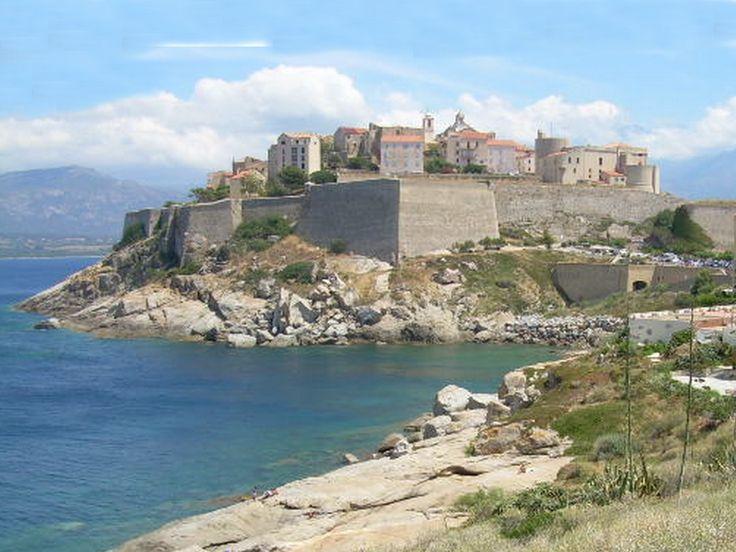 Region de Calvi - Calvi est une commune française du département de la Haute-Corse. Calvi est la capitale de la Balagne. - Calvi, La Citadelle