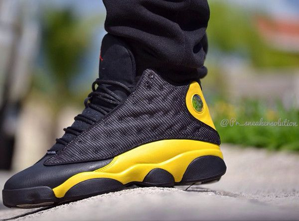 Air Jordan 13 'Scorpion' (Mortal Kombat) (3)