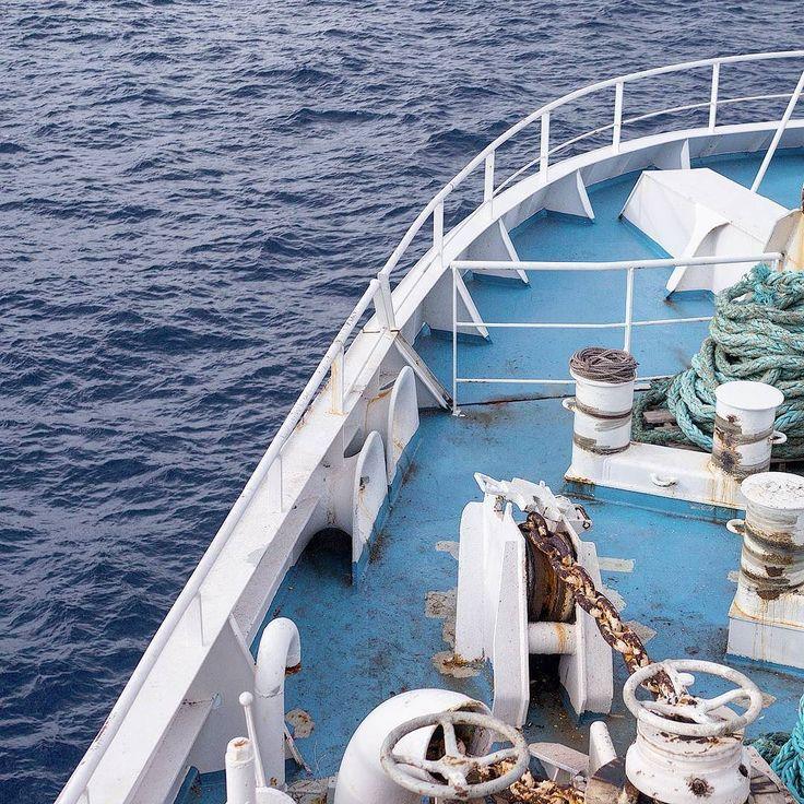 /22. Ferrying our way to Għawdex (Gozo Malta).   _  #ihaveathingwithcolours #malta #ig_malta #instamalta #maltese #ferry #ferryboat #onaboat #wereonaboat #mediterranean #seamyphotos #igerseurope #exploretocreate #welltravelled #islandlife #artofvisuals #vsco #neverstopexploring #nothingisordinary #momentslikethese #boat #ig_europe #waves #deepsea #boatlife