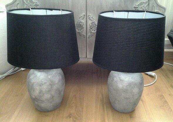 Aardewerk lampvoeten bewerkt met beton effect van viva beton.