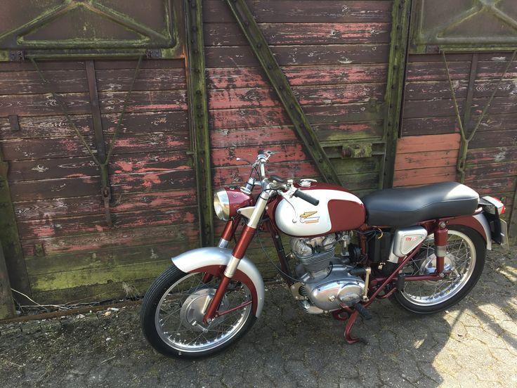"#Ducati #TS #Turismo #vintage #175 ""oldschool #restore #1961 #love #original #OEM"