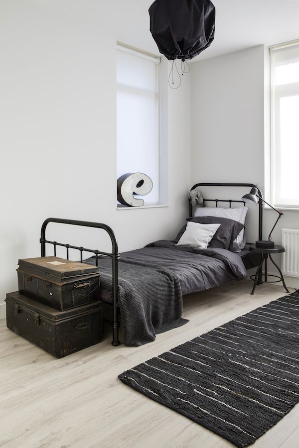 industrial touch for teenager room