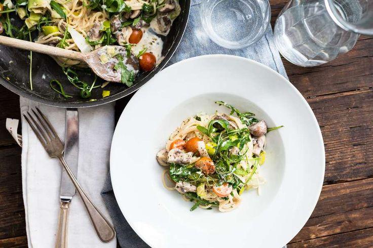 Romige spaghetti met prei en champignons - Koken met Aanbiedingen