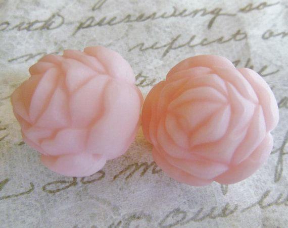 SALE Vintage beads 2 LARGE  rose lucite angelskin by a2zDesigns, $3.25