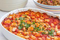 Gigantes plaki / Kreeka moodi hiidoad tomatis / Baked giant beans with tomato sauce by Pille - Nami-nami, via Flickr