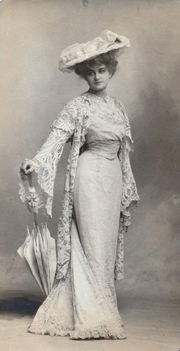 Beautiful Late Victorian/Edwardian dress, hat and umbrella