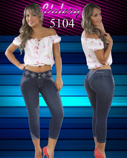 Aug 15, · But the average size today is a size 16 not good and it goes higher. But then again in fast foods the servings were smaller way small, and the large drinks we have today would be a two litter to them back palmmetrf1.ga: Resolved.
