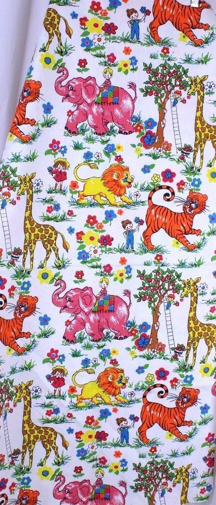 """VTG Circus Animal Lion Children Flowers Trees Tote Craft Fabric Appx 44"""" x 44""""  #Unbranded"""