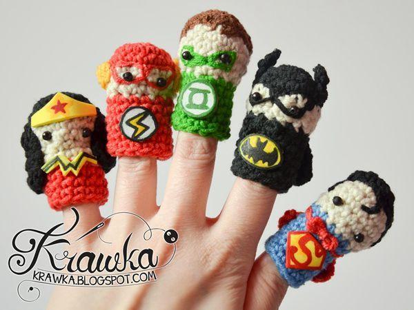Superheroes Finger Puppets Set