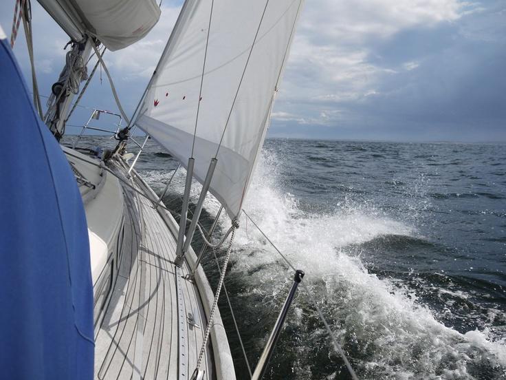 Sun, rain and thunder #sailing