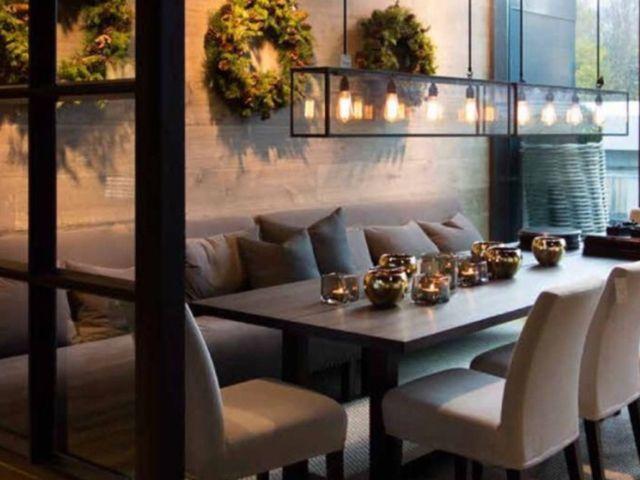Eettafel met bank tegen muur woonkamer pinterest eettafel bank en muur - Eigentijdse eettafel ...