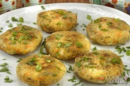 Receita de Hambúrguer de quinua com óleo de coco em receitas de salgados, veja essa e outras receitas aqui!